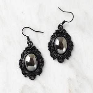 Jewelry - Faux hematite dangle earrings